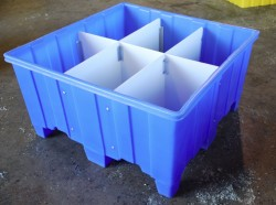 """SHIPPING CONTAINER Removable ¼"""" HDPE sheet"""