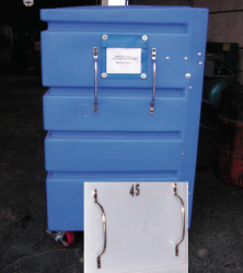 GRAB HANDLES can be used on all Bulk Carts. Handles can be mounted vertically or horizontally.