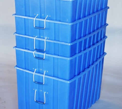 MTE-SERIES RIBBED WALL PLASTIC CONTAINERS