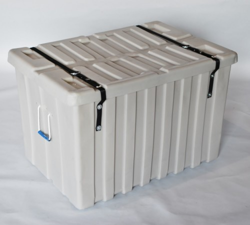 MTE-SERIES RIBBED WALL PLASTIC CONTAINER WITH SECURITY STRAP