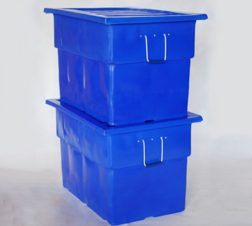 MTF-SERIES SMOOTH WALL PLASTIC CONTAINERS STACKED